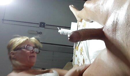 Mia Domore freie deutsche sex filme Vs. Rikki Lixxx Schwanzlutschen Herausforderung