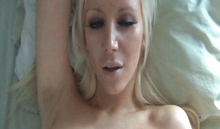 Schöner Big Tit pornofilme ganze länge Handjob
