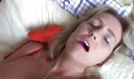 Sexy Chloe gratis porno bus neckt dich