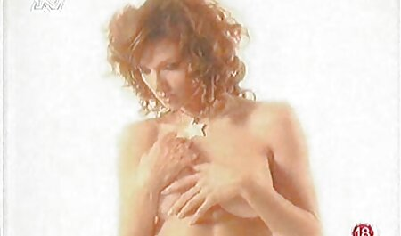 Superbe poronofilme gratis Bombasse blonde Roumaine Nichons Parfaits