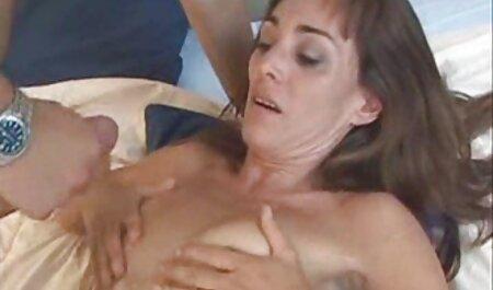 Hot Amateur Babe in Dessous mature sexfilme und Strümpfen Oral und Sex