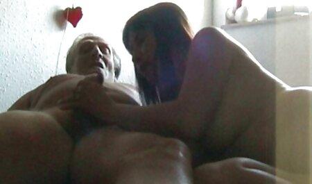 Mädchen saugt Freund Schwanz mit Titjob und Cumshot porrnofilme