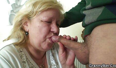 Skinny Itty Bitty Titty pornospielfilme Anne wird Gangbanged