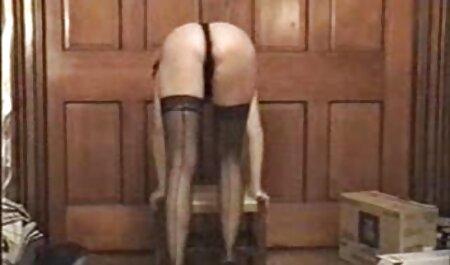 Sie wird sexfilm gratis massage deepthroated und hart gefickt