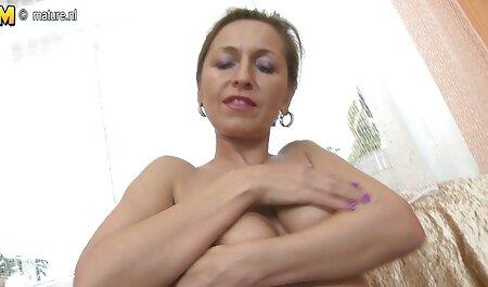 Pov befreit Schwanz Amateur Oksana kostenlose sexfilme bekommt Orgasmus und Creampie