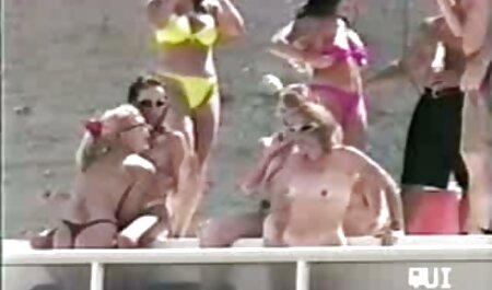 Carol Goldnerova fickt free porno d ihre rosa Muschi
