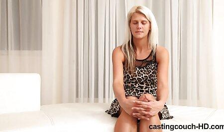 Tätowierte und durchbohrte emo blonde saugende neuesten pornofilme Hahn